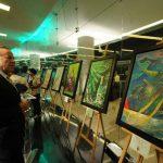 La exhibición presenta grandes talentos salvadoreños como Miguel Ángel Ramírez y Mayra Barraza, entre otros. fotos EDH /douglas urquilla
