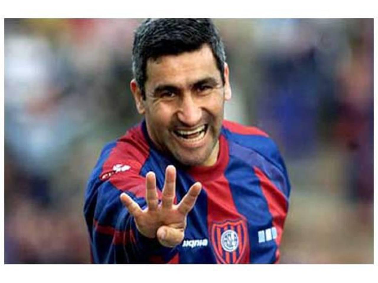 El Beto Acosta es uno de los goleadores históricos de San Lorenzo. Hizo 123 goles con esa camiseta. foto edh /