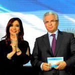 Acto en el que la presidenta de Argentina entregó su carné de identidad a Garzón en noviembre 2012. foto/cortesía Revista quién