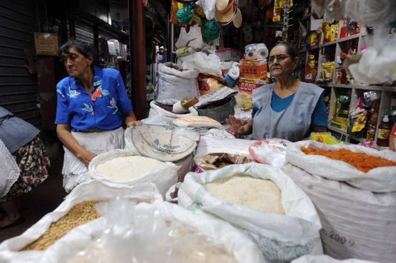 Los hondureños se verían afectados por un nuevo impuesto a la comida. foto edh/ archivo