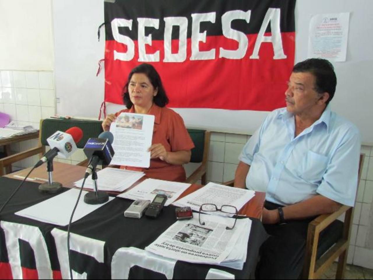 """El Sindicato de Educadores de El Salvador (Sedesa) lamentó no ser tomado en cuenta para la elaboración de la prueba """"Paesita"""". Foto EDH / Mauricio Guevara"""