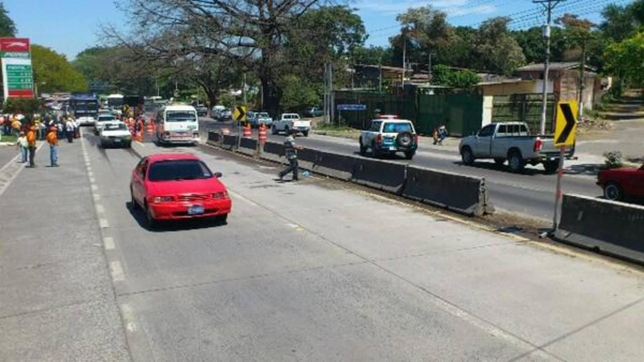 La circulación por el carril de ascenso quedó habilitada desde hoy. Foto vía Twitter Mauricio Castro