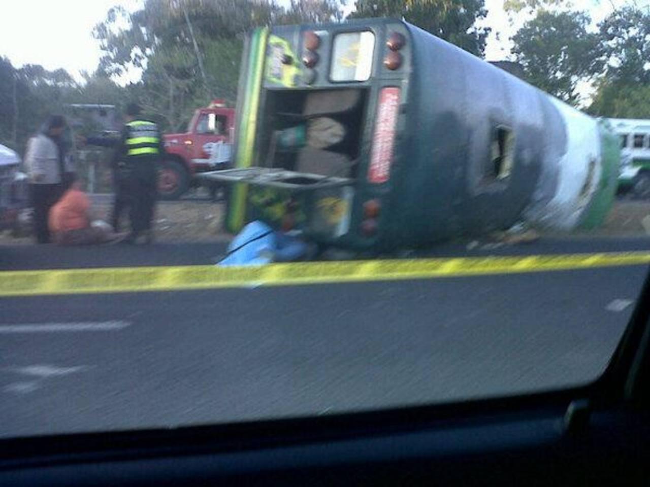 El accidente sobre el km 19 de la carretera Panamericana, San Martín. Foto @maycflores17