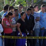 Un supuesto pandillero fue asesinado ayer en Las Cañas.