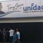 Expresidente Saca inaugura casa campaña