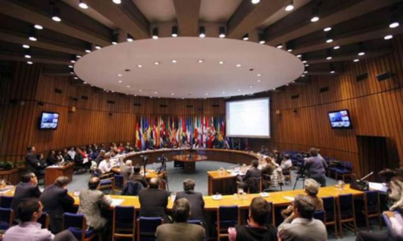 Ayer se inició el XXV Seminario de política fiscal de la Cepal, en el que se analiza la realidad tributaria de A.L. Foto EDH / archivo