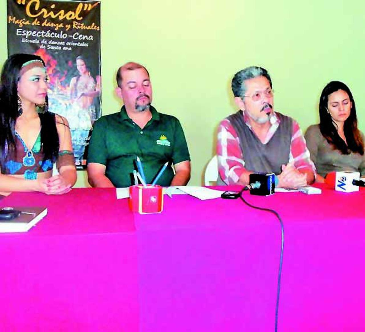 Los organizadores dijeron que esperan buena asistencia de públicos para las obras que harán. Foto EDH / MAURICIO GUEVARA