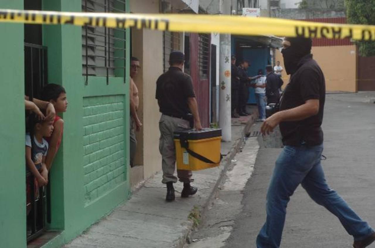 Víctima era el coordinador de programas de reinserción de pandilleros; había sido rehabilitado por el padre. Foto EDH / Jorge Reyes