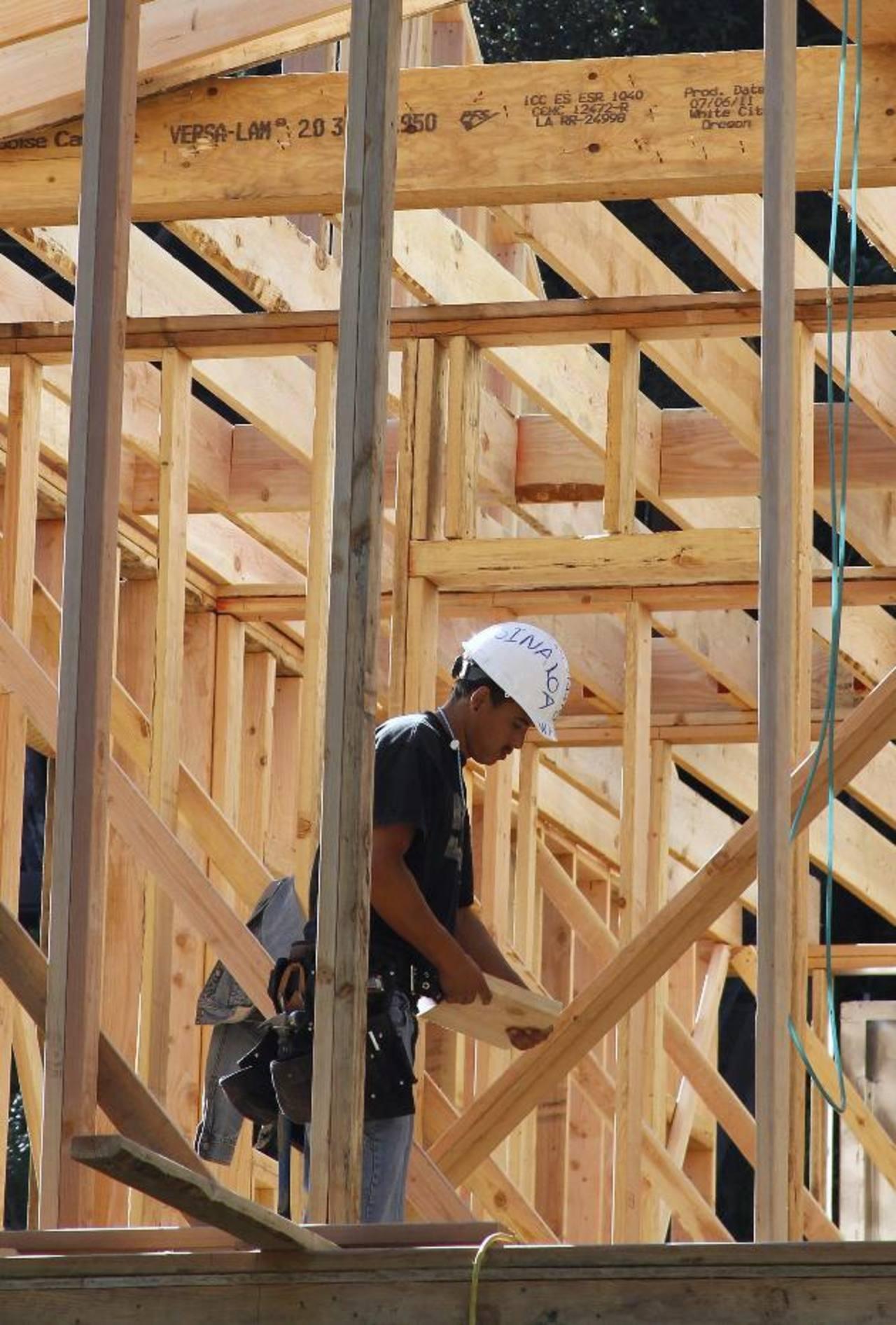 La construcción es uno de los sectores clave. foto edh