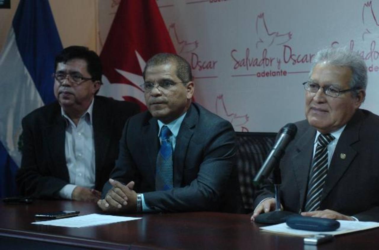 Óscar Ortiz (izquierda) y Salvador Sánchez Cerén, la fórmula presidencial del FMLN. Foto EDH / Jorge Reyes.