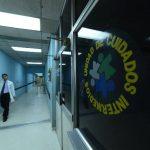 Los infantes luchan por recuperarse en la sala de Cuidados Intermedios del hospital Benjamín Bloom. Fotos EDH / Marvin Recinos.