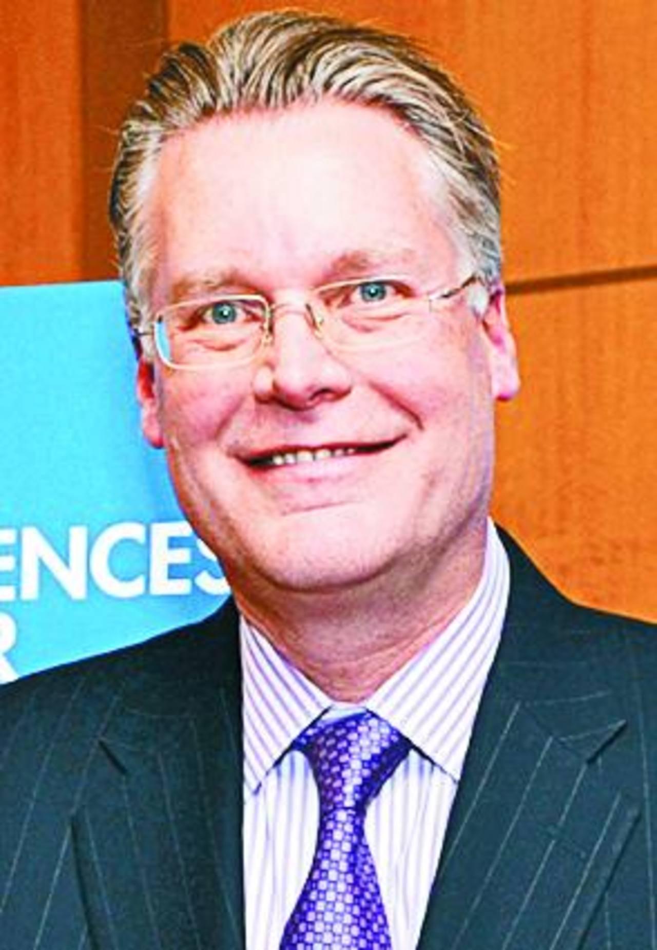 Ed Bastian, presidente de Delta, despliega medidas para mitigar el declive.