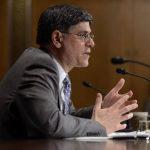 Jack Lew, secretario del Tesoro de EE.UU., dijo que con la reforma sería siempre llevar más y no menos ingresos.