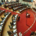 Reyes dice que la Asamblea es transparente porque abre sus plenarias al público y brinda información pública que le solicitan. Foto EDH /Jorge reyes
