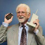 Martin Cooper es el padre de los teléfonos móviles, y efectuó la primera llamada en 1973