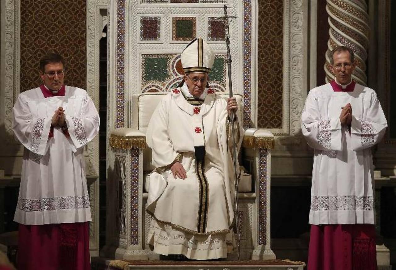 El Papa sigue caracterizándose por su humildad.