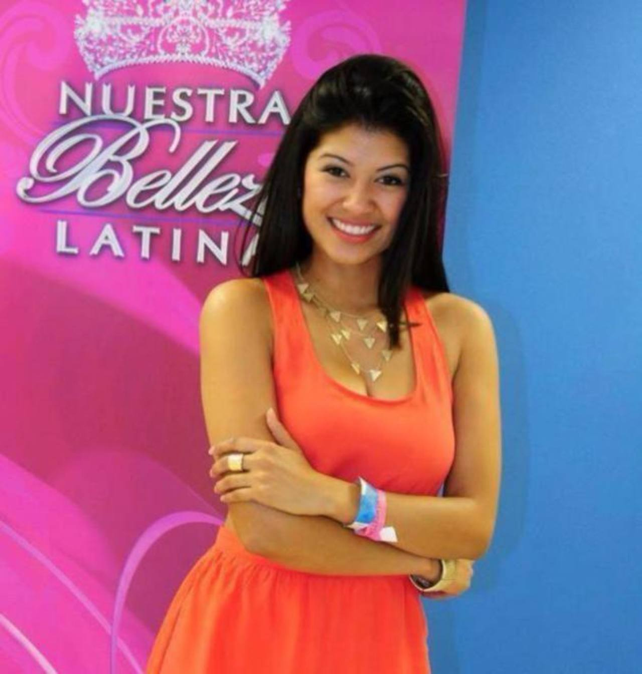 Karina Hermosillo primera lesbiana en Nuestra Belleza Latina