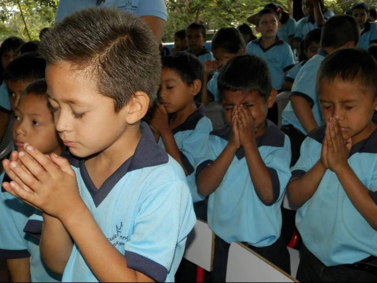 Los alumnos de la escuela también reciben principios religiosos. foto edh / MILTON JACO