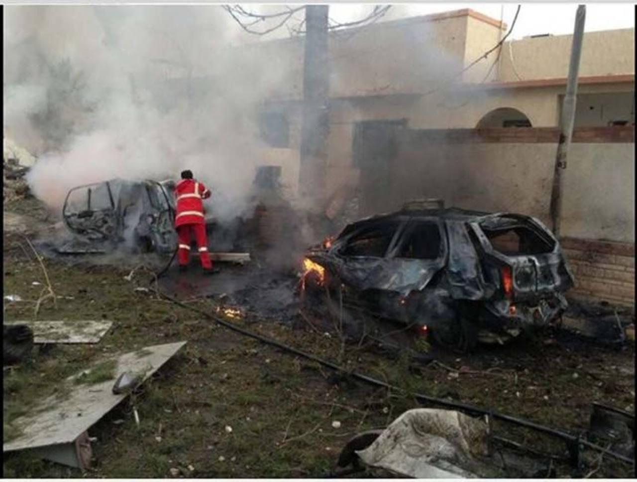 La sede diplomática francesa sufrió ayer un atentado que hirió a dos guardias en el primer acto de este tipo en Trípoli desde el final de la guerra que en 2011 derrocó a Muamar Gadafi. foto edh