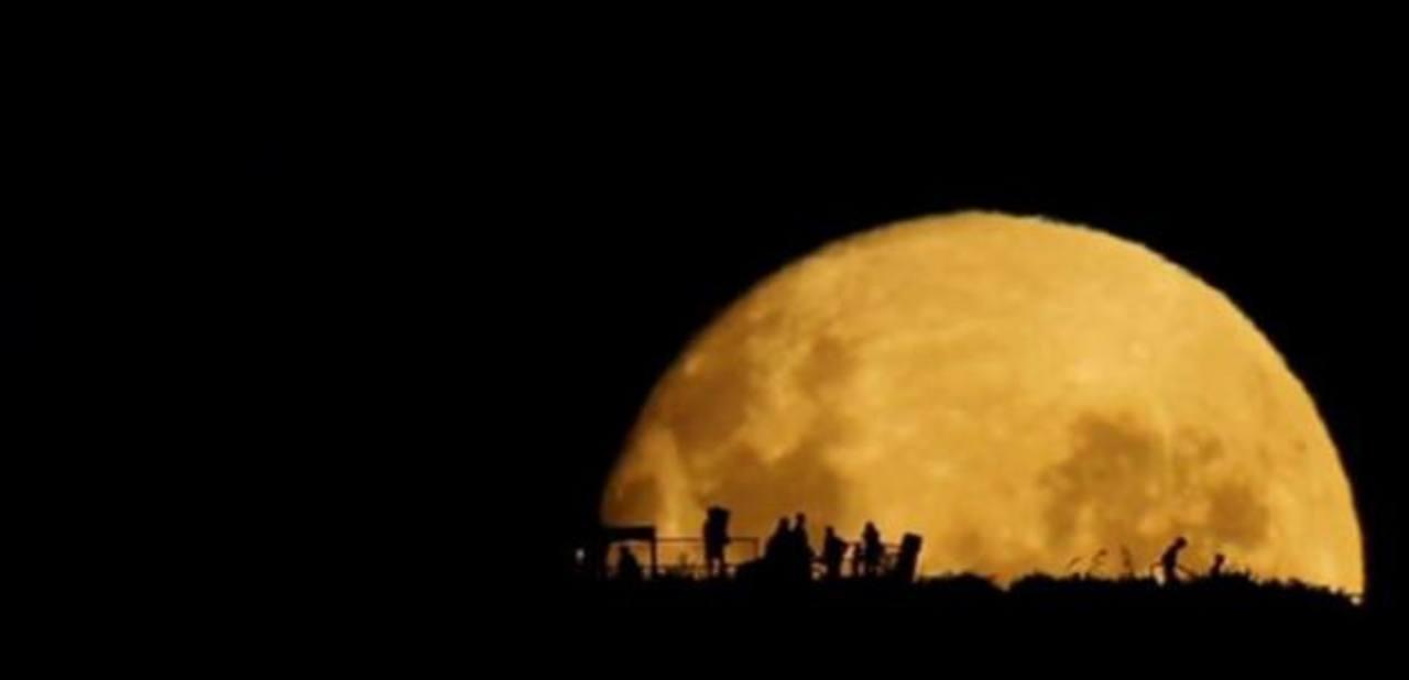 Vídeo: Capta impresionante nacimiento de Luna