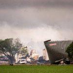 Los que quedó de la planta de fertilizantes que explotó en Texas. FOTO AP