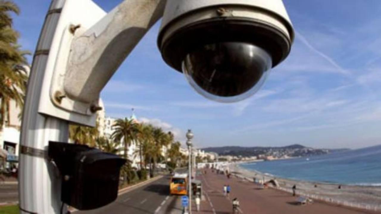 La empresa es especialista en el ensamblaje de productos para vídeo vigilancia, monitoreo ambiental y climático, la gestión de tráfico, entre otros. FOTO EDH