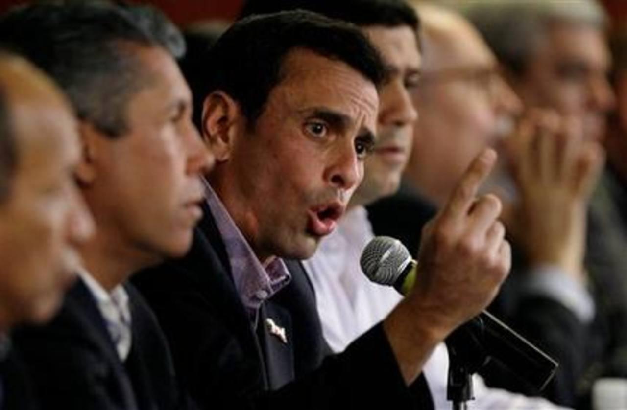 Capriles descarta retiro de elecciones