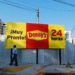 Construcción del restaurante Denny's en la Zona Rosa, San Salvador. FOTO EDH/ARCHIVO