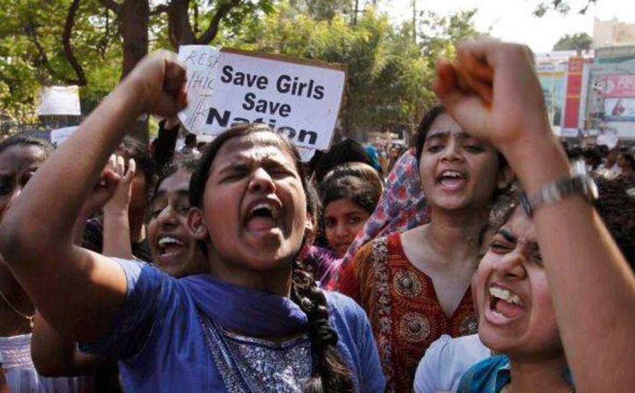 Las protestas en la India han incrementado luego de los más recientes casos de violación. Foto AP