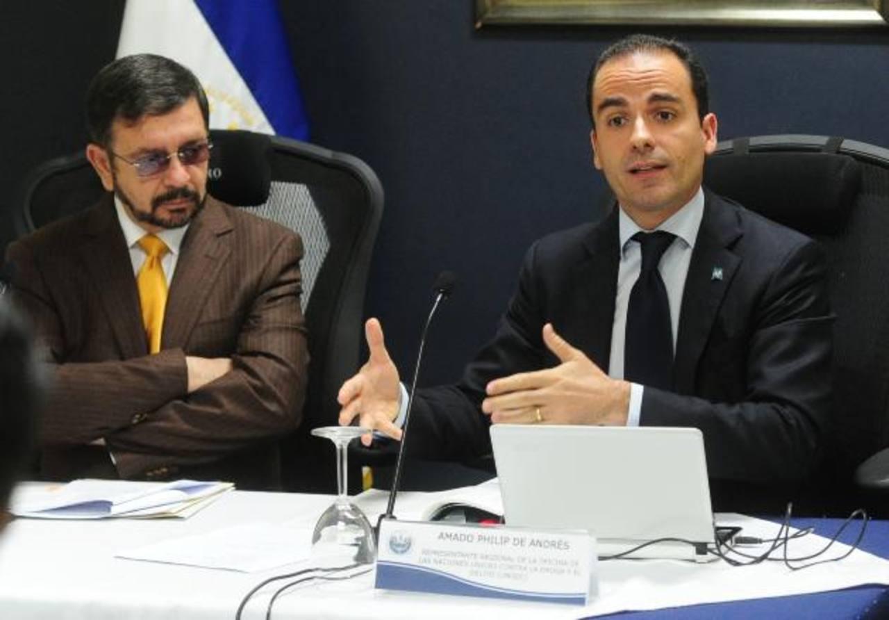 El informe de la JIFE fue dado por el representante de ONU, Amado Phillip de André. Foto EDH / Mauricio Cáceres