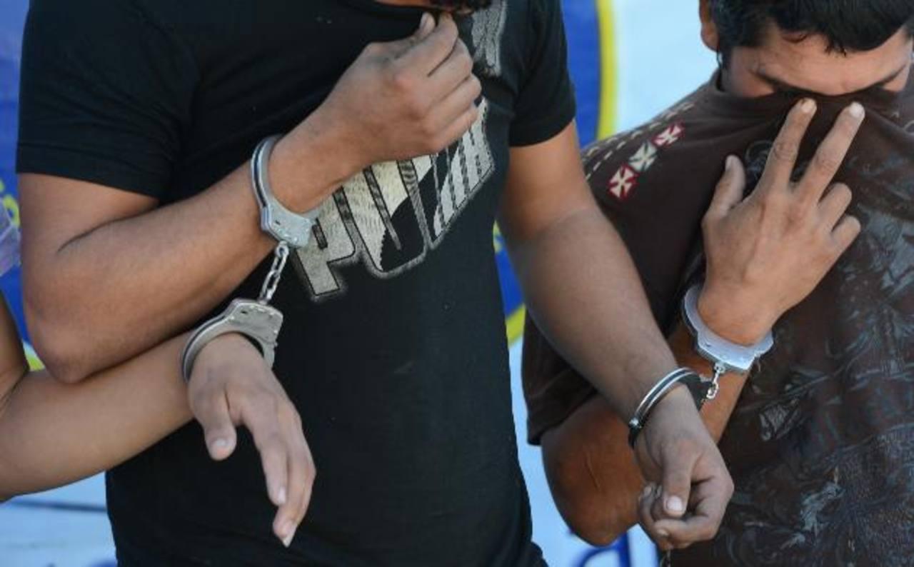 Los sujetos fueron capturados en un operativo policial.
