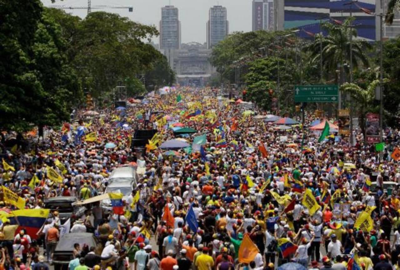 Venezuela: Oposición muestra su fuerza en Caracas