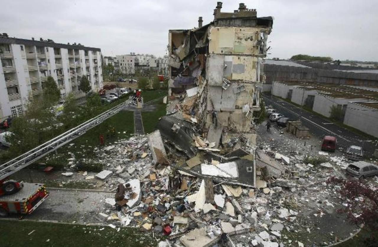 El edificio que se derrumbó en la región francesa de Champagne. Foto Reuters