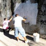 Una de las tareas de las maras en Ilopango ha sido borrar grafitis suyos. Foto EDH / Archivo