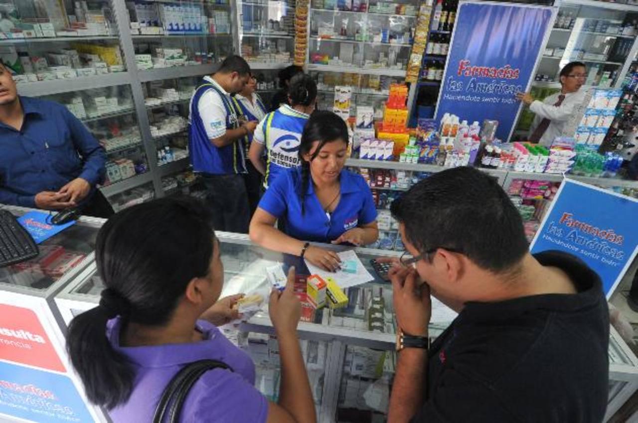 Desde ayer los medicamentos deben tener el precio ajustado. Foto EDH / oscar mira