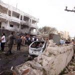 Un coche bomba explotó en las afueras de la embajada de Francia en Trípoli. Hubo dos guardias heridos. Foto/ Reuters