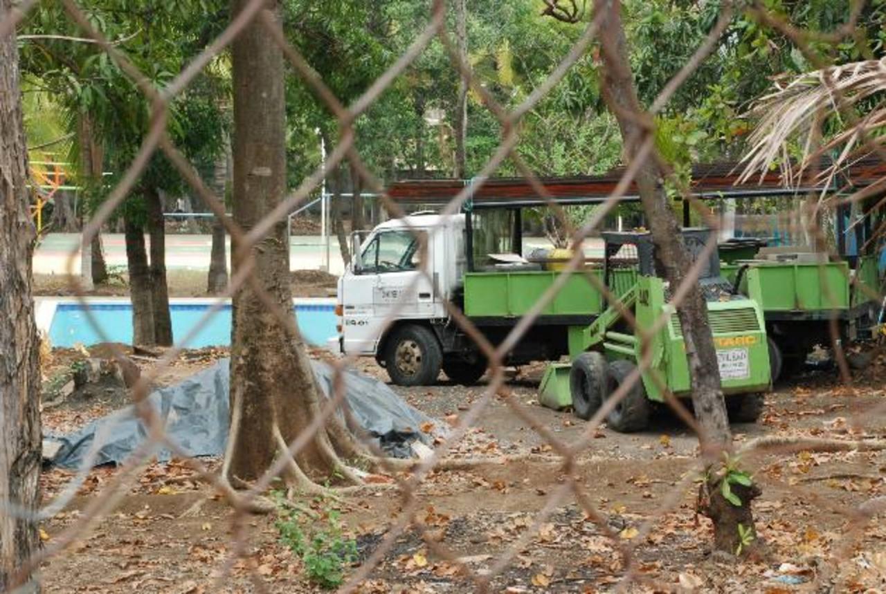 Los trabajos están paralizados desde hace unas tres semanas en el local del injuve Usulután.