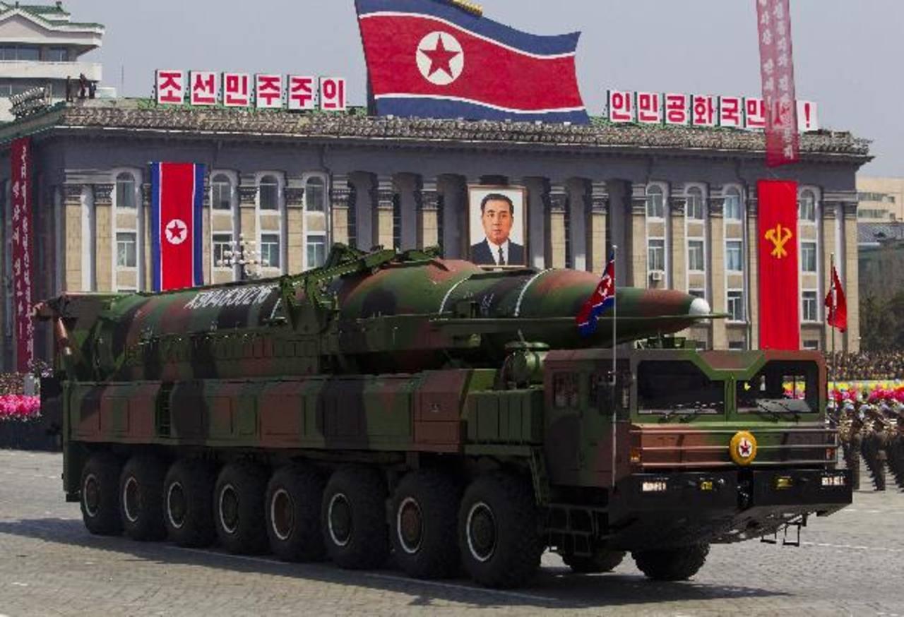 Un misil Musudan tiene un rango de tres mil a cuatro mil kilómetros, lo que pondría a toda Corea del Sur y Japón dentro de su alcance. foto edh / ap