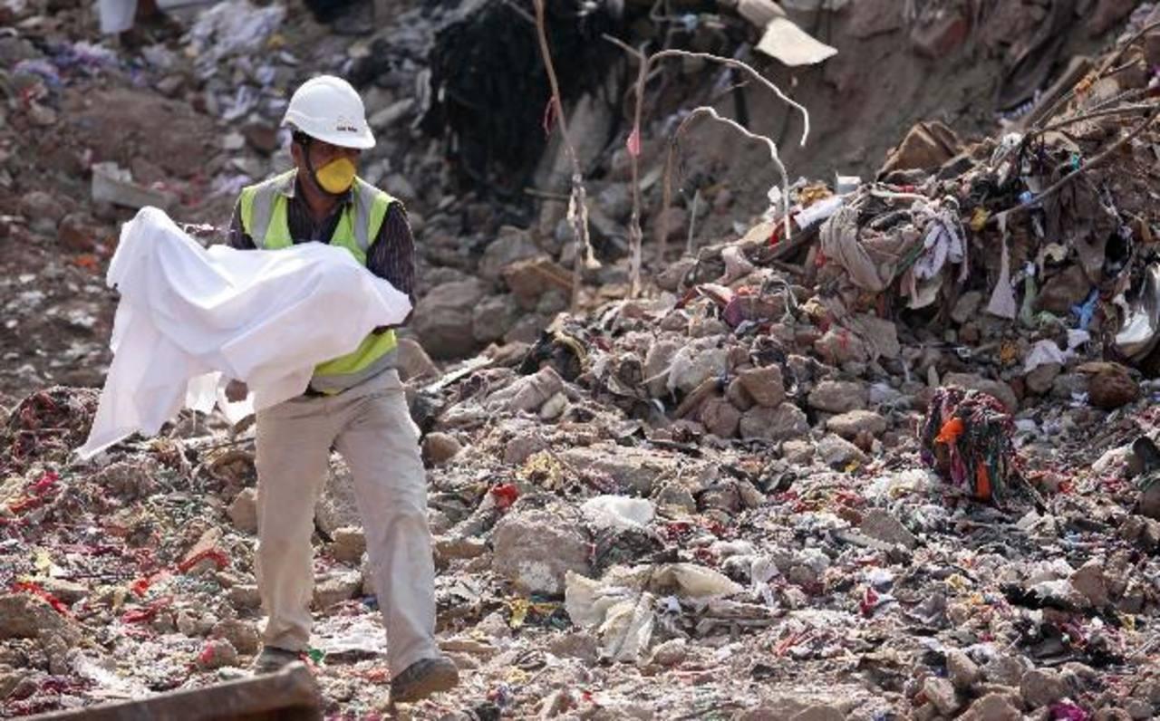 La caída del inmueble mató a 26 niños y dejó a 65 heridos.