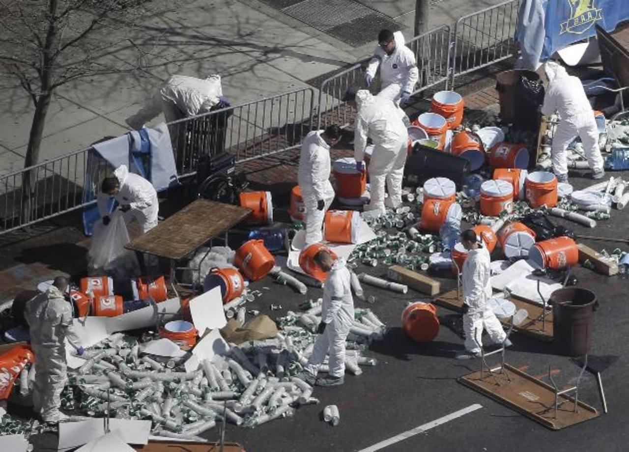 Las autoridades estadounidenses continúan en la búsqueda de pistas tras las explosiones en Boston. Foto/ AP