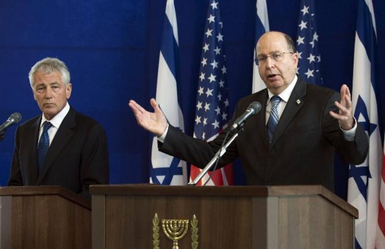 El secretario de Defensa, Chuck Hagel (izquierda), y su homólogo israelí, Moshé Yalón, en Tel Avi. Foto EDH / reuters