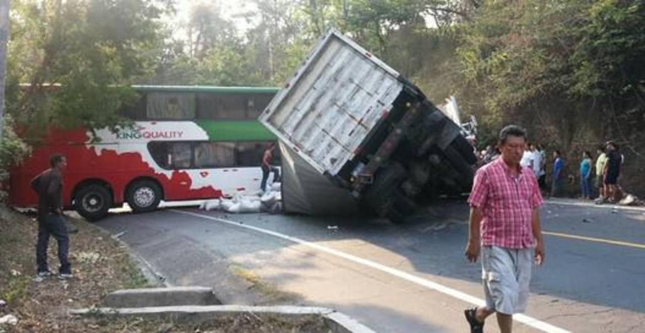 Cuatro muertos deja accidente vial en Usulután