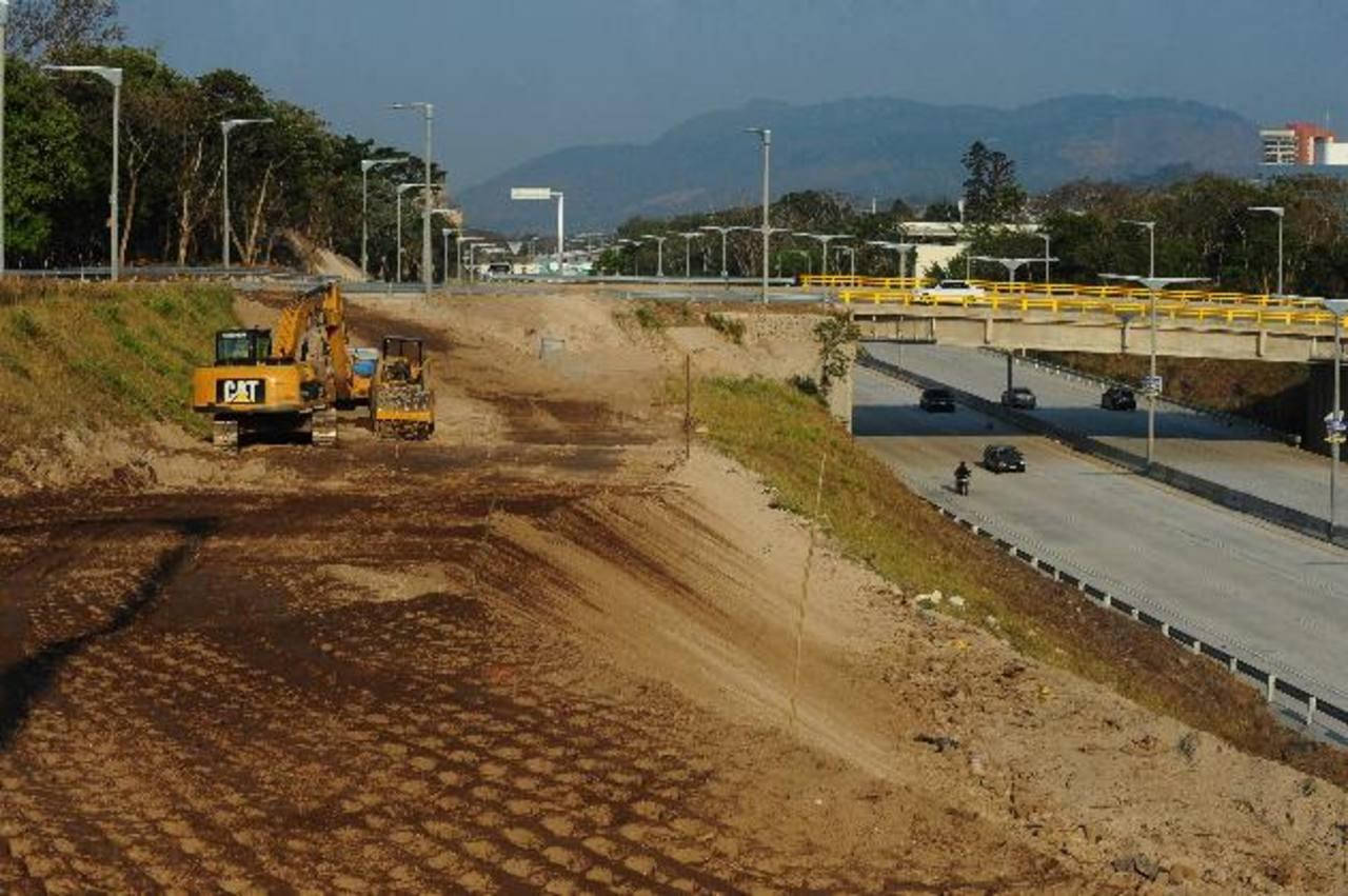 MOP no construyó tres plazas que licitó en Diego de Holguín