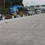 Así estaba esta mañana la Autopista Los Chorros. Foto vía Twitter Mauricio Castro