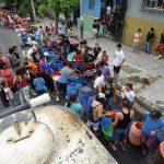 El servicio agua potable es irregular en San Salvador