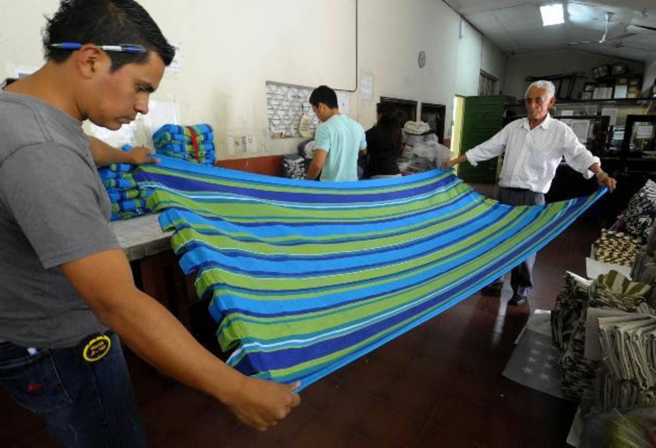 Pequeña empresa afirma no podría aumentar más del 8% salario mínimo