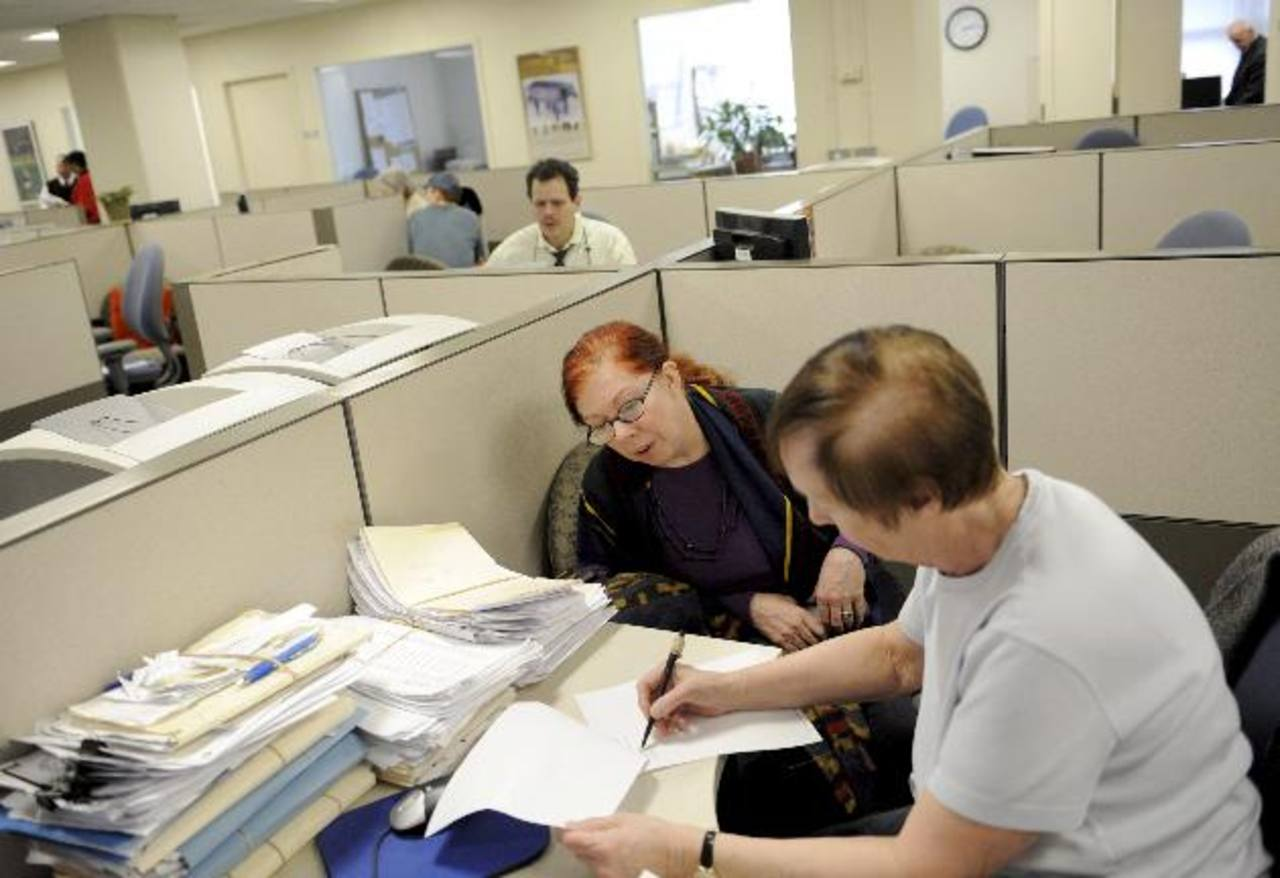 Los niveles de desempleo en EE.UU. están relacionados con las políticas de recortes e hipotecas. Foto EDH / archivo