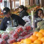 Empleados de supermercado en la mira de 'La Migra'