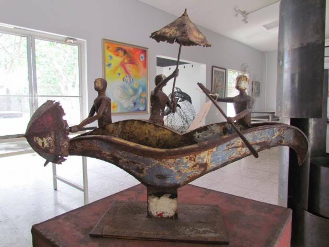 """Más de 50 artistas fueron parte de """"Arquitectos en las bellas artes"""". Hubo participación de salvadoreños en el exterior."""