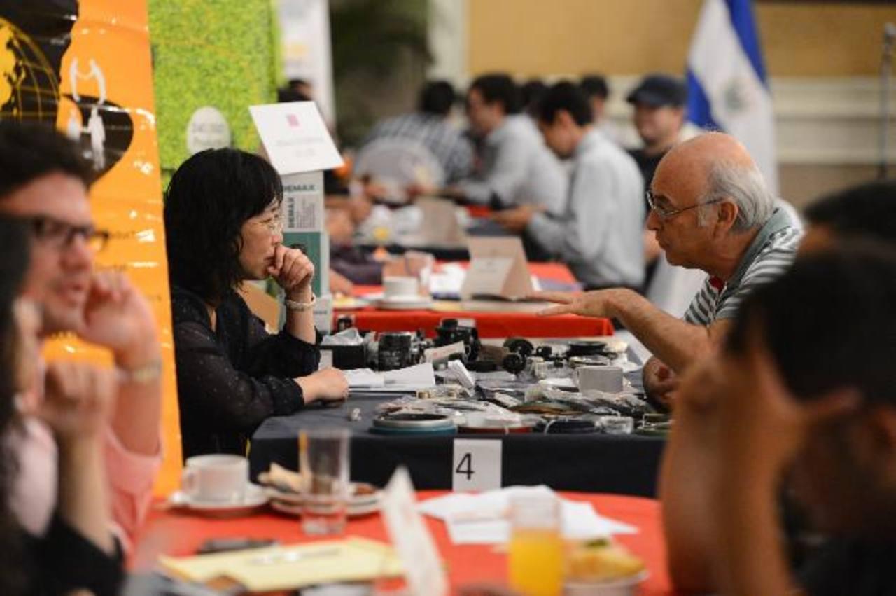 La mayor parte de los empresarios taiwaneses presentó innovadores productos electrónicos. foto edh / marvin recinos